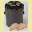 sauerkraut-fermentation-crock-rfw