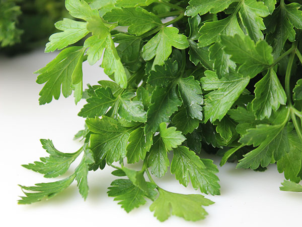 green-leafy-vegetables-parsley