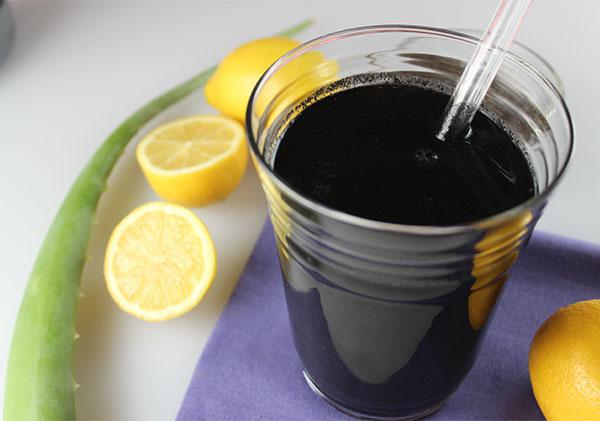 charcoal-lemonade-recipe-using-aloe