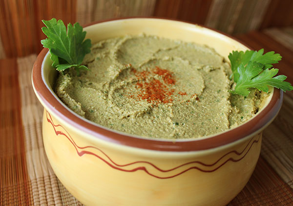 how-to-make-hummus-raw