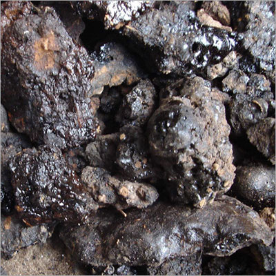 shilajit-mineral-pitch