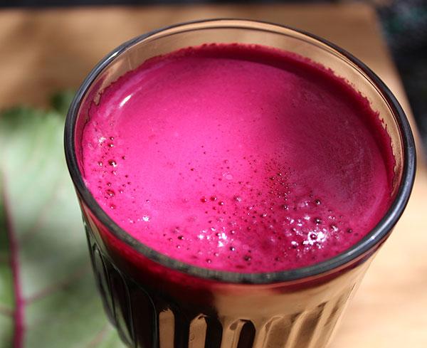 beetroot-juice-glass