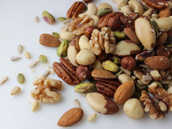 good-fats-nuts-seeds