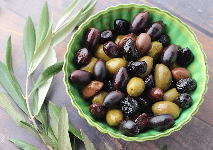 good-fats-list-olives