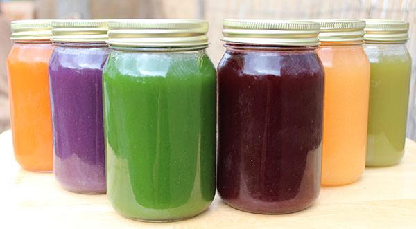 juicing-for-health-jars-of-juice