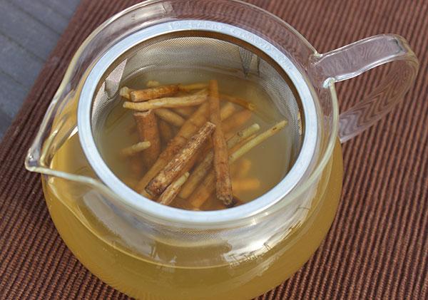 ashwagandha-tea-infusion