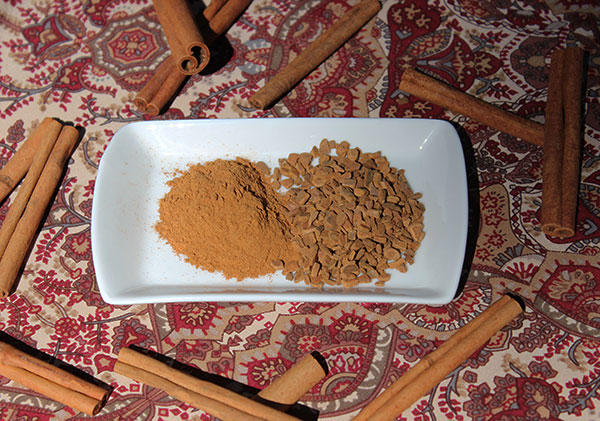 cinnamon-powder-chips-indonesian