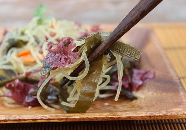 homemade-seaweed-salad-bite