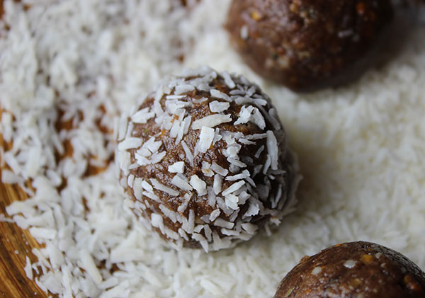 oja-balls-rolled-in-coconut