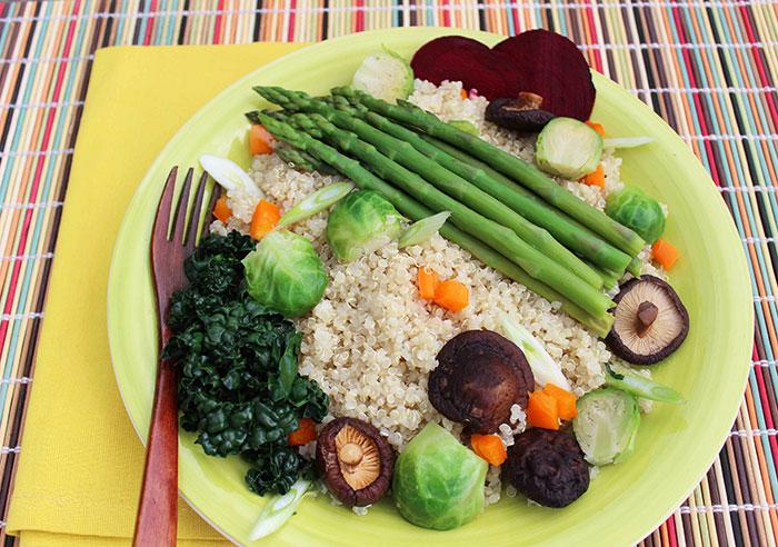 quinoa-with-veggies-and-mushrooms