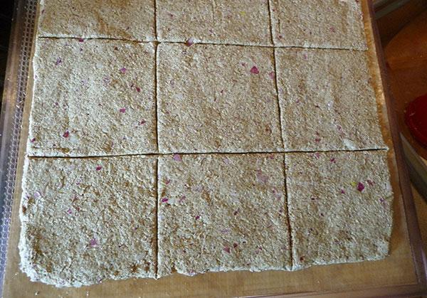 raw-onion-bread-scoring