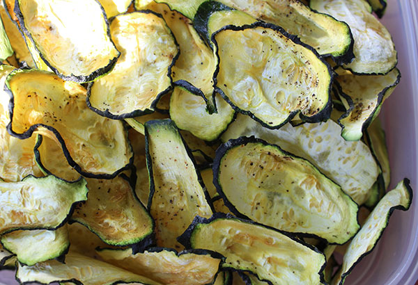 squash-chips-recipe-using-zucchini