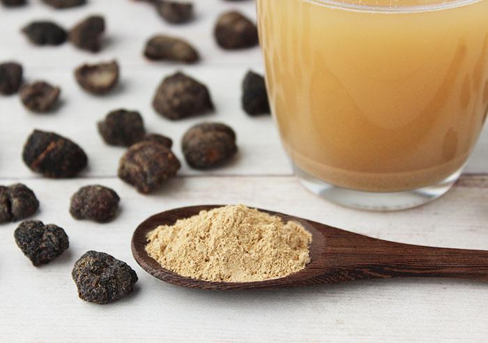 amla-powder-amalaki-fruit