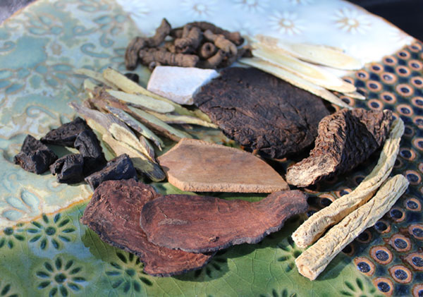 chinese-herbs-toxic-contaminants-best-herbal-suppliers