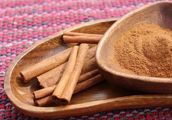 cinnamon-roll-recipe-ceylon-cinnamon