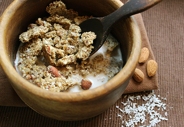 coconut-almond-granola-recipe