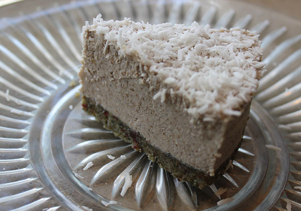 coconut-cream-pie-slice-raw-vegan