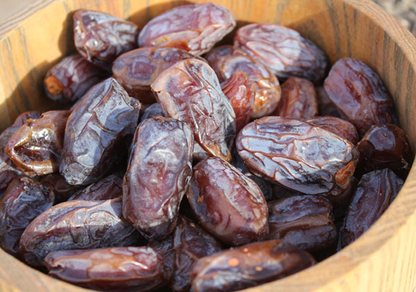 date-fruit-from-date-palm-trees