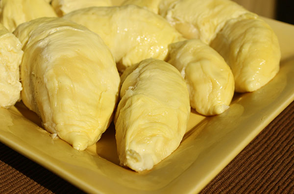 durian-fruit-pods-on-plate