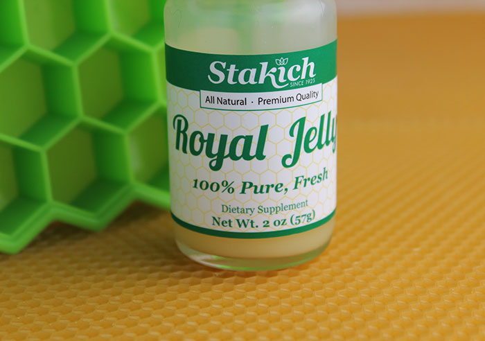 fresh-pure-royal-jelly
