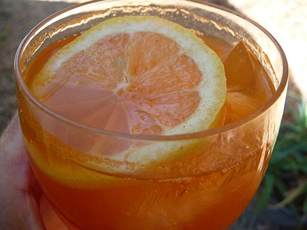 goji-berry-lemonade-homemade