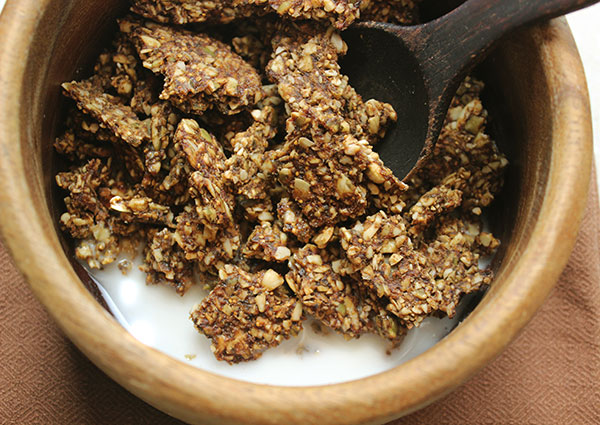 Raw granola recipe best granola made with nuts and seeds - Cuisine r evolution recipes ...