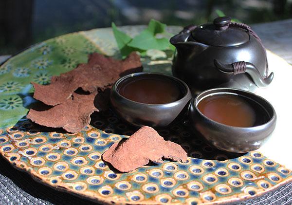 he-shou-wu-roots-and-tea