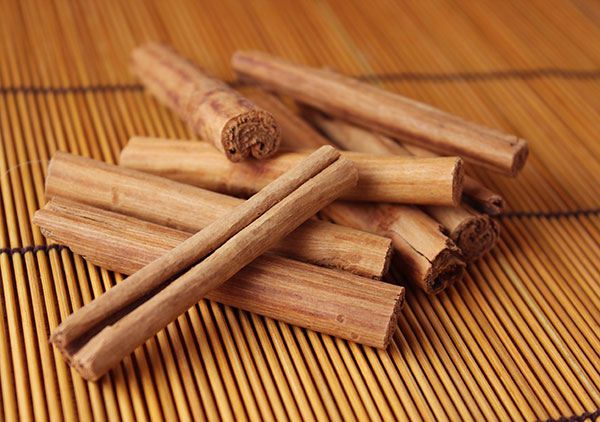 list-of-herbs-cinnamon-sticks