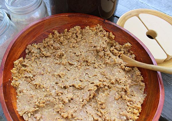 miso-paste-decanting-homemade-garbanzo-bean
