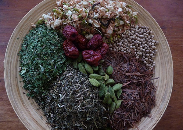mix-of-herbs-for-tea-bags