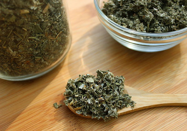 nutritive-herbal-tea-red-raspberry-leaves