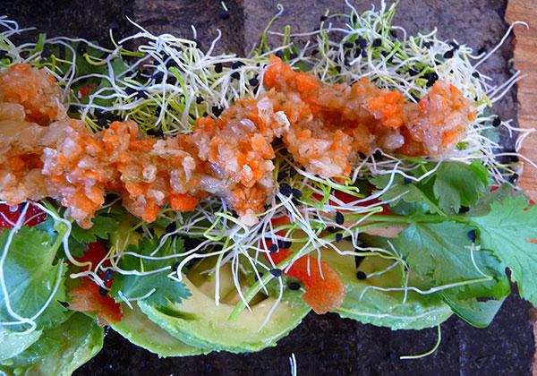 onion-sprouts-in-nori-rolls