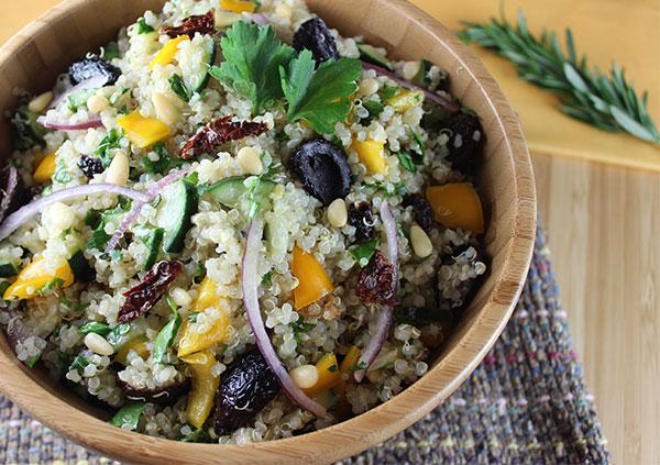 quinoa-salad-recipe-mediterranean-style