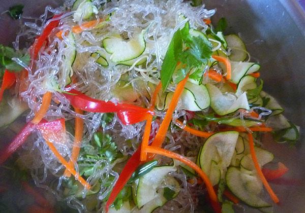 raw-pad-thai-veggies