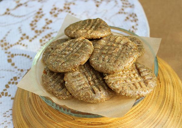 raw-peanut-butter-cookies-recipe-1