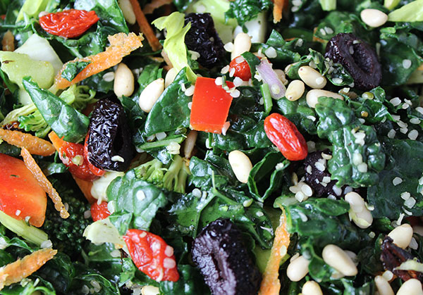 recipe-for-kale-salad-close-up