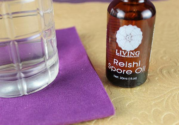 reishi-spore-oil-in-water
