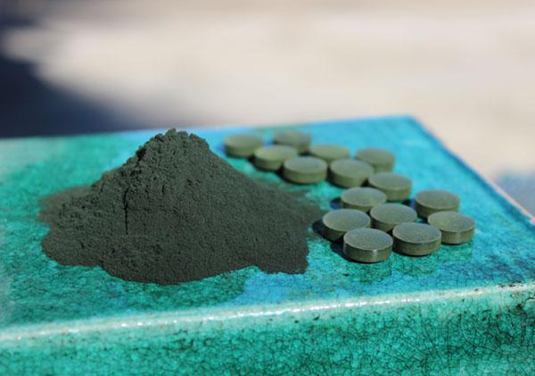 spirulina-benefits-top-superfood