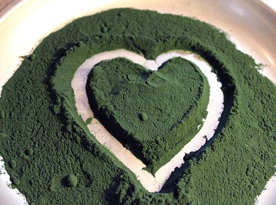 spirulina-heart