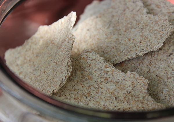 sprouted-rye-crackers