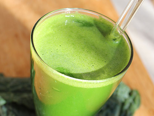 super-juicing-with-green-juice