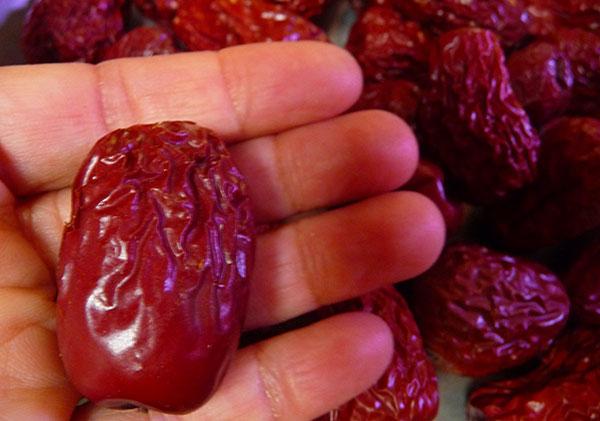 Top Super Fruits, Building Immunity with Potent Fruit Varieties
