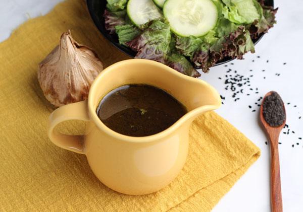black-seed-black-garlic-dressing