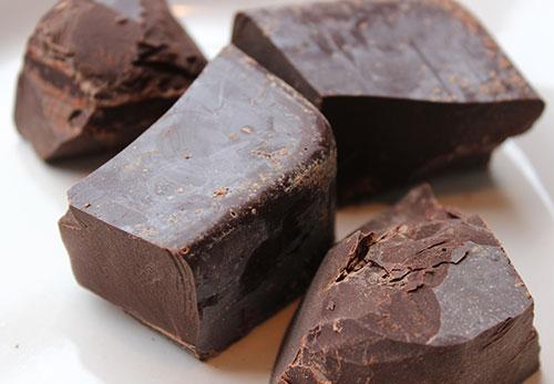 cacao-paste-chunks