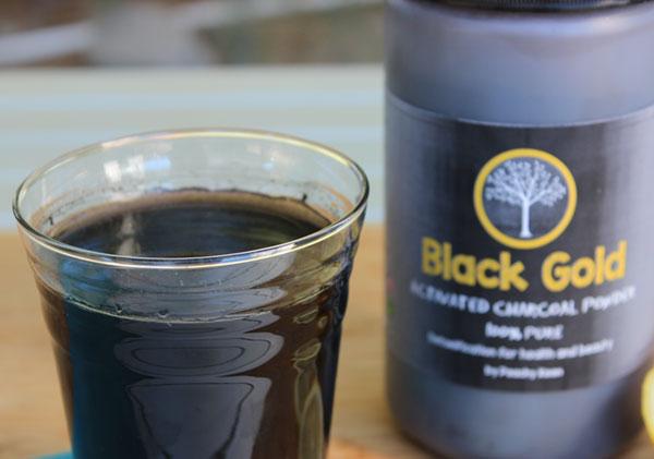 charcoal-lemonade-black-gold