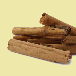 cinnamon-sticks-ceylon-mountain-rose