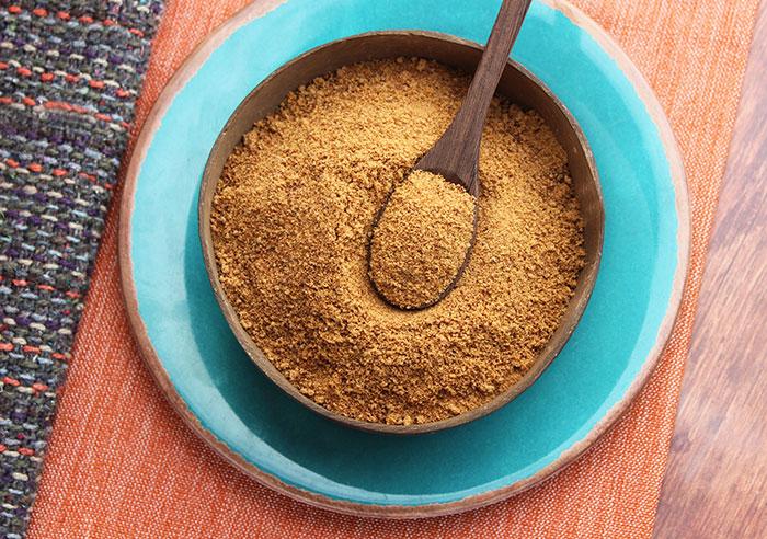 coconut-sugar-spoon
