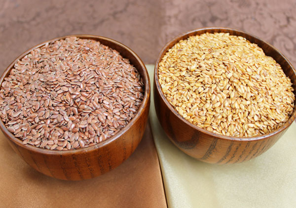 flaxseeds-benefits-brown-golden