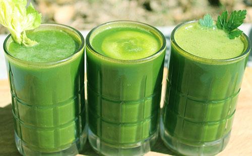 green-juice-juicing