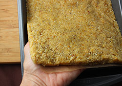 healthy-lemon-bars-crust